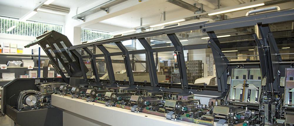 Système et machine de mise sous pli professionnelles BAN